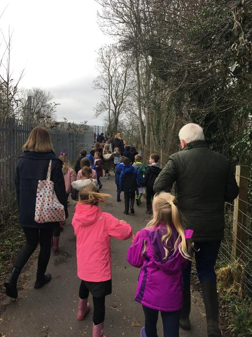 Year 1 and 2 went on their winter weekly walk.