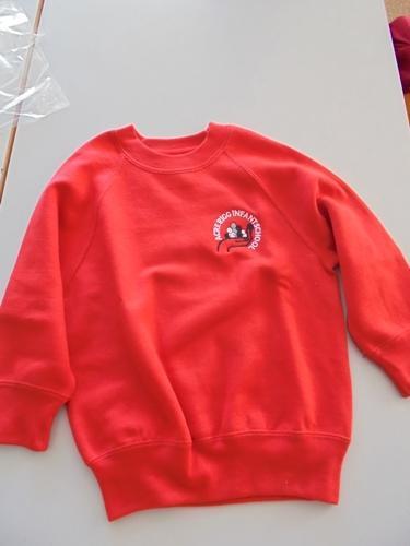 Sweatshirt   £9.50