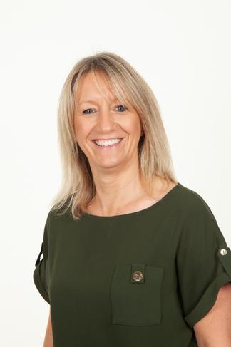 Mrs Julie Cordingley   Headteacher