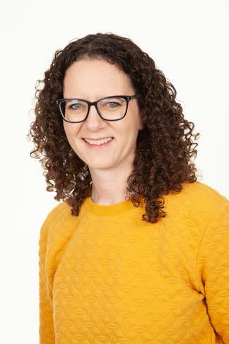 Mrs Kate Selway