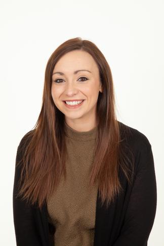 Miss Beverley      Year 6 Teacher