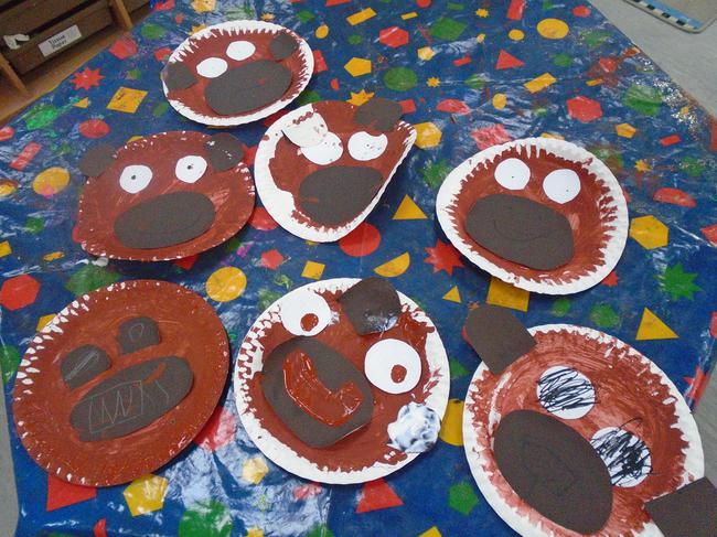 Year of the monkey paper plates.