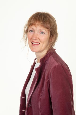 Mrs Gillespie   Year 5 Teacher