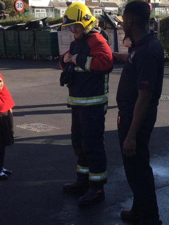 Firemen visit Al-Furqan