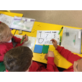 Splitting numbers into hundreds, tens and units