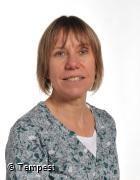 Mrs D Walker - TA, Dosbarth Hazel