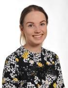 Miss R Ffoulkes - Dosbarth Ash Teacher (Yr1)