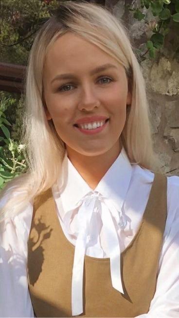 Miss F Wikluk - Dosbarth Juniper (FP RP)