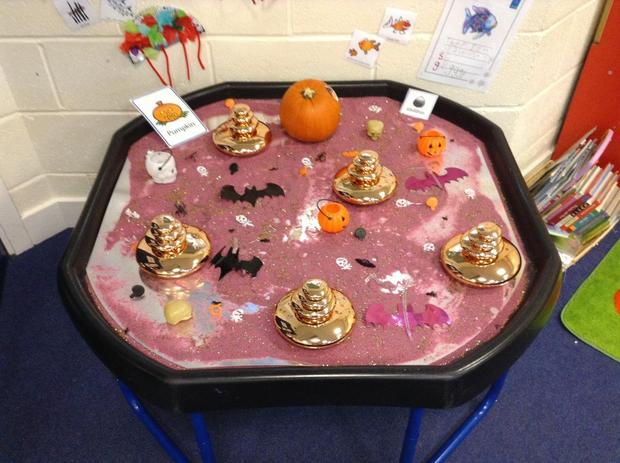 A spooky Halloween tray