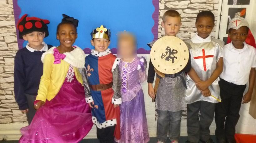 KS1 dressing up as story characters from castles