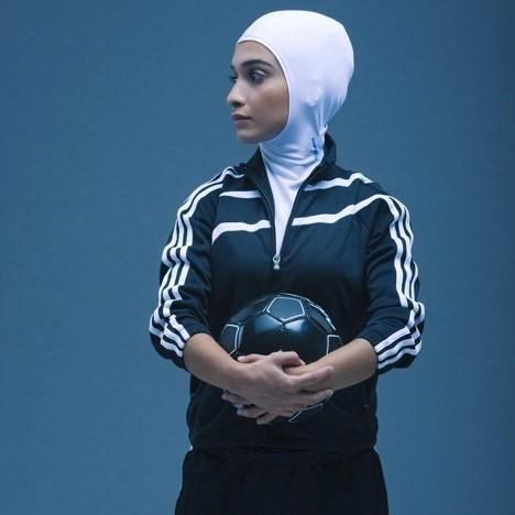 Plain Fitted sports headscarf (no pins)