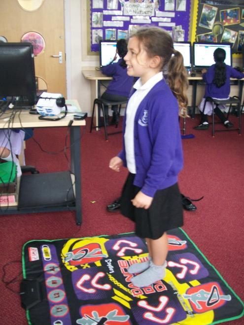Computing: Dancemat for Spanish colours