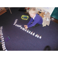 Ordering numbers to 20 in a long line.