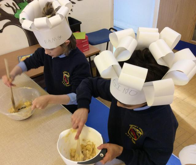 Cooking in School - making pizzas