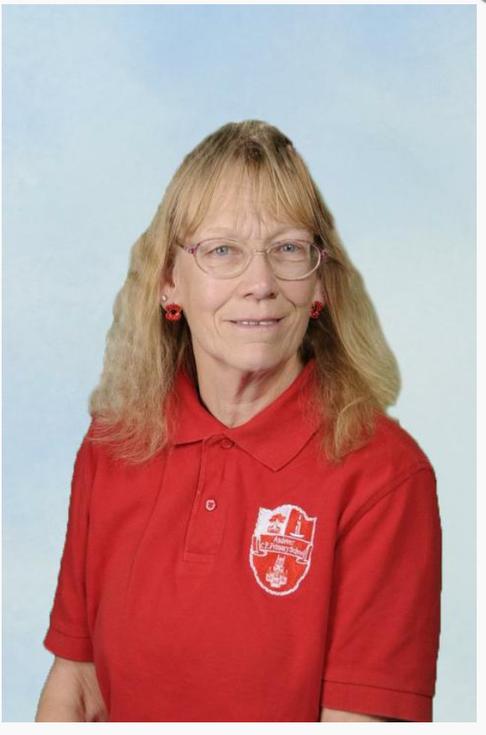 Year 6 Class LSA Marie Hooks