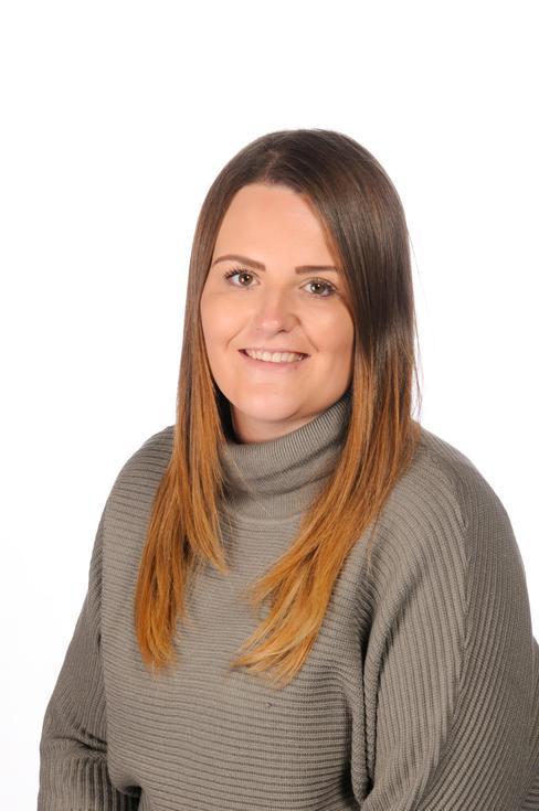 Year 5 1:1 LSA Leigh-Ann Huntley