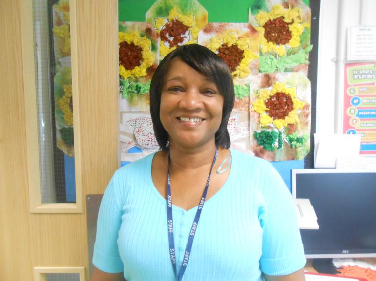 Mrs V Hutton, Base Support