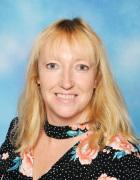 Mrs Lisa Winder - Y5
