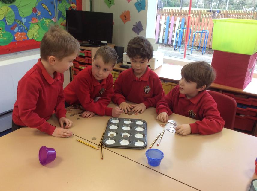 Y1 Counting coins.