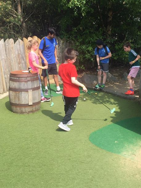 Y5 golf