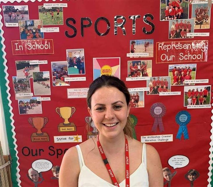 Miss Robinson, Regional Active Hero Winner