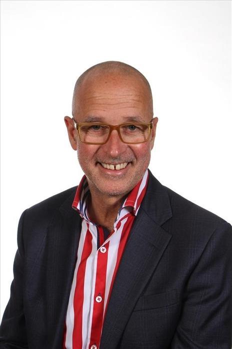Mr Jonathan Green - Headteacher