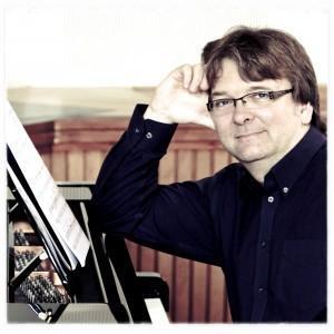 Mr Tim Farnhill - Keyboard