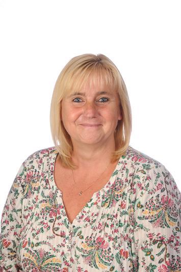 Mrs Denise Bailey SEN TA part time