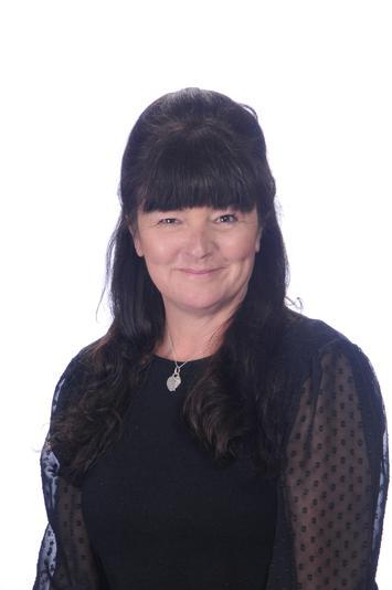 Mrs Kim Clements (Elklan trained) S&L TA part time