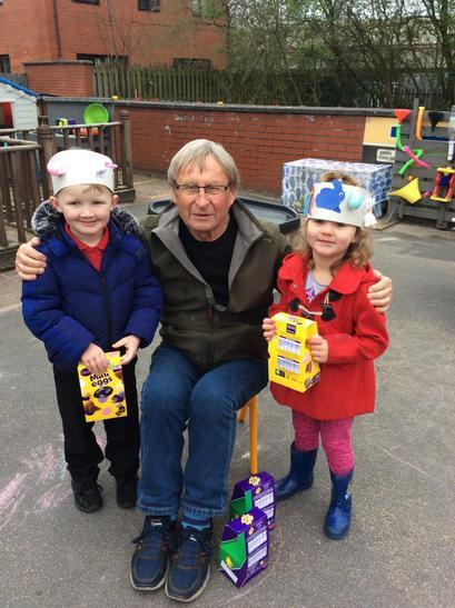 Nursery's Easter Bonnet winners - Dylan and Sapphire!