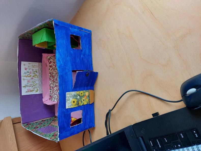 Making a dolls house