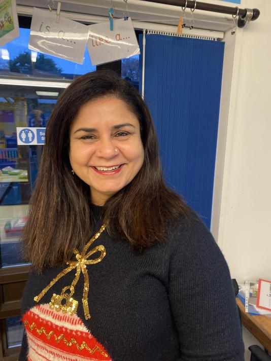 Mrs Nav Lehal- Year 4 teacher