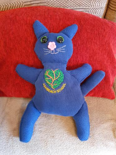 Isabelle's amazing cat made out of an old jumper.