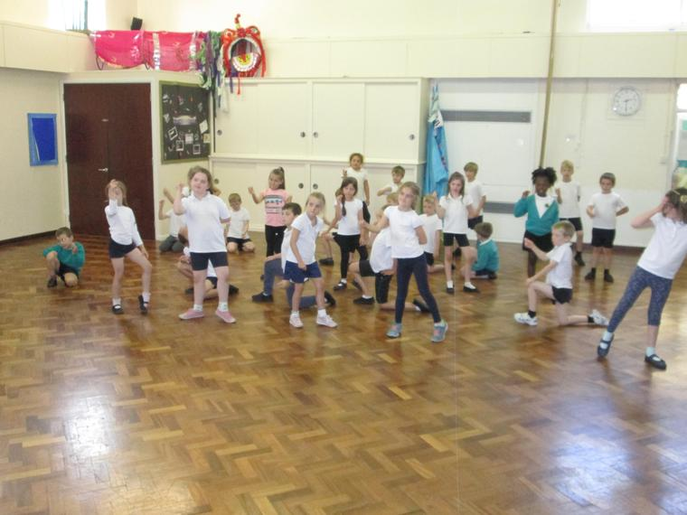 Footloose dancing Y2