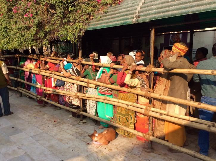 Hindus queuing to get into the Temple