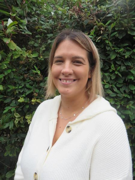 Mrs Katie Butler