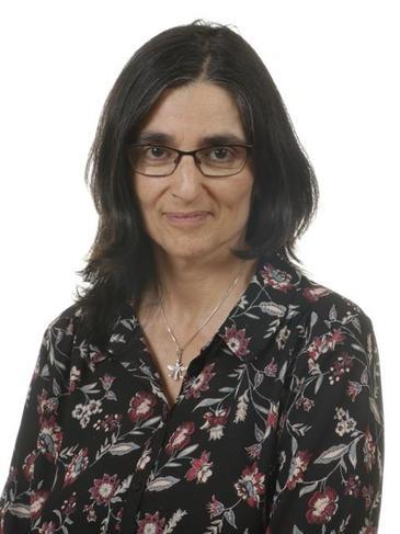 Mrs Genie White - Year 6 Teacher