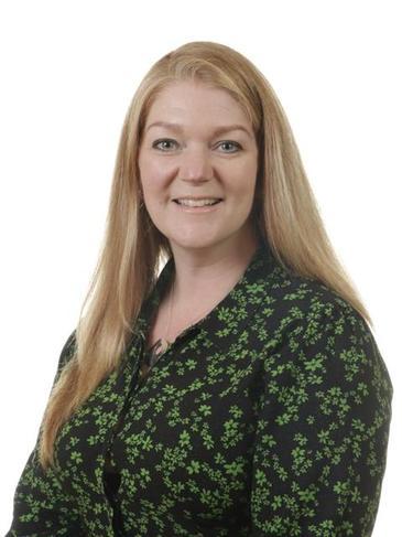 Mrs Helen Proudfoot - Year 6 Teacher