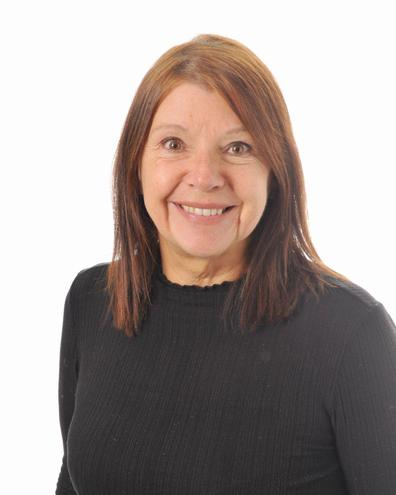 Mrs Lisa Griffiths  Year Two Class Teacher