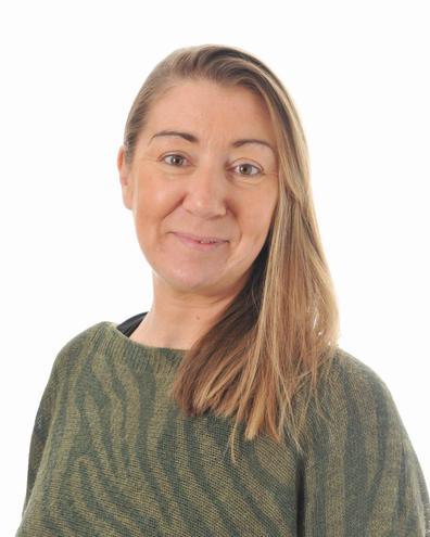 Mrs Helen Espiner Senior Lunchtime Supervisor