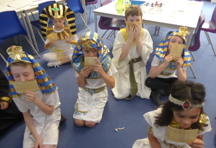 Y3 Egyptian Day