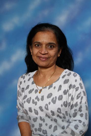 Mrs Vekaria   (4AP)