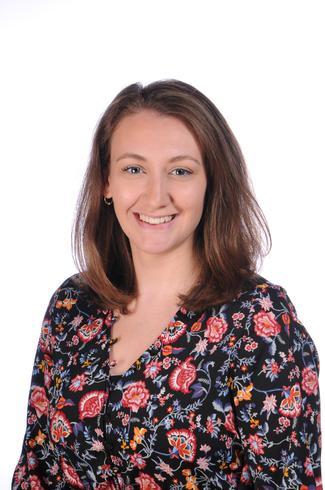 Miss Chloe Bevan, Oak Class