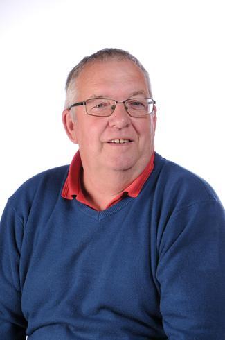 Mr Eddie Dewey, Caretaker
