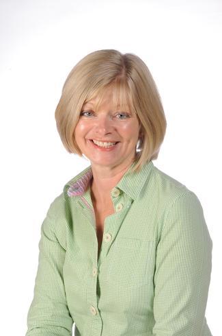Mrs Helen Cater, Chestnut Class
