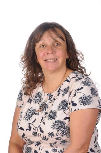 Mrs Tina Tanner