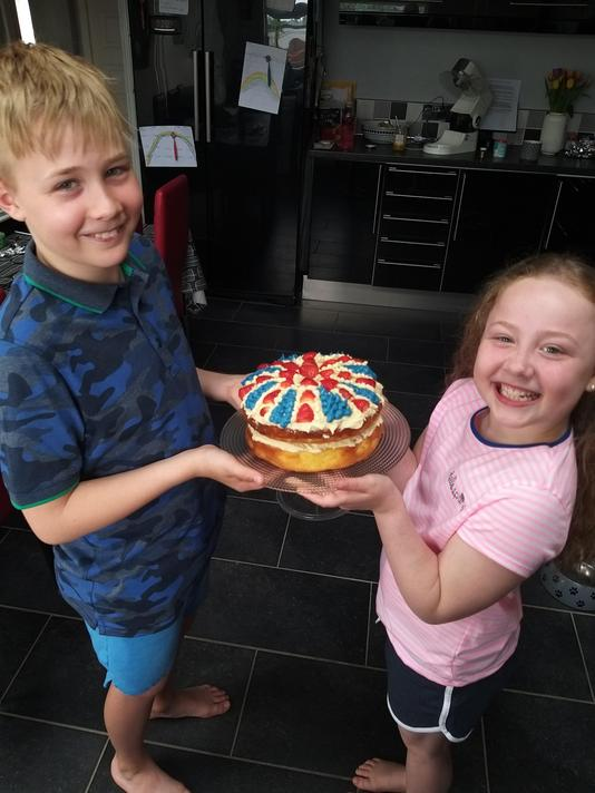 What a wonderful cake!  A VE Day creation?