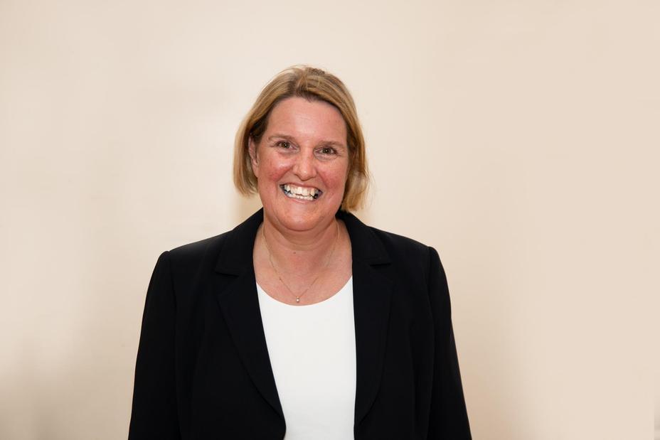 Mrs Rachel Dare Executive Headteacher/CEO
