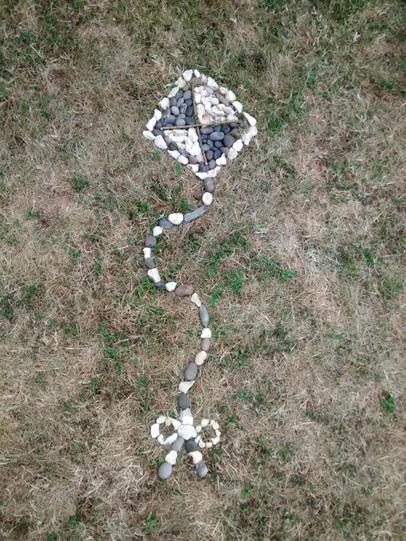 Tom's 'Andy Goldsworthy' inspired art project