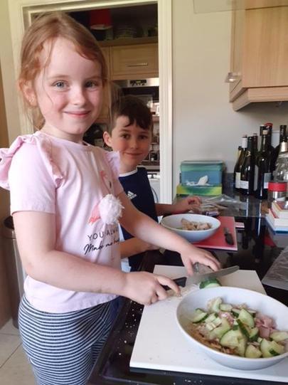 Keira, Oliver & Lauren's healthy lunch